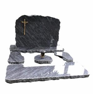 13 pomnik